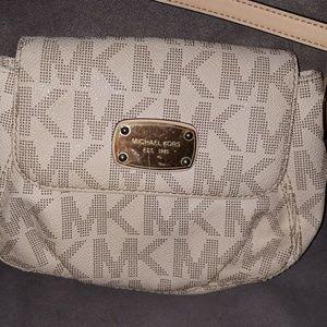 Michael Kors mini wallet purse
